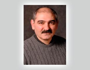 Razmik Mirzayans
